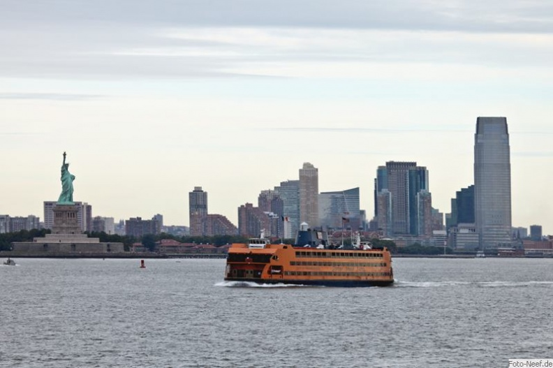 miss liberty - jersey city - staten island ferry